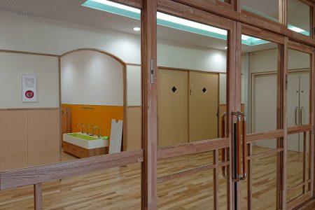 さいたま市内・AS保育園建具工事(2020年5月)